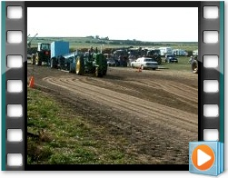Rae Valley Heritage Association Video - Old-Fashioned John Deere Tractor Pull